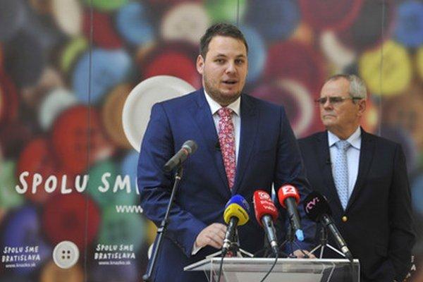 Piatková tlačová beseda Miroslava Draguna a Milana Kňažka.