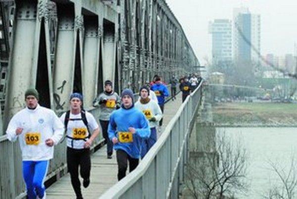 Tradične sa behávalo aj cez Starý most, teraz sa už nebude.