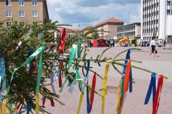 Obce aj mestá chystajú oslavy 1. mája.