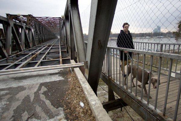Prvé stavebné práce by mali ľudia na moste už vidieť koncom roka.