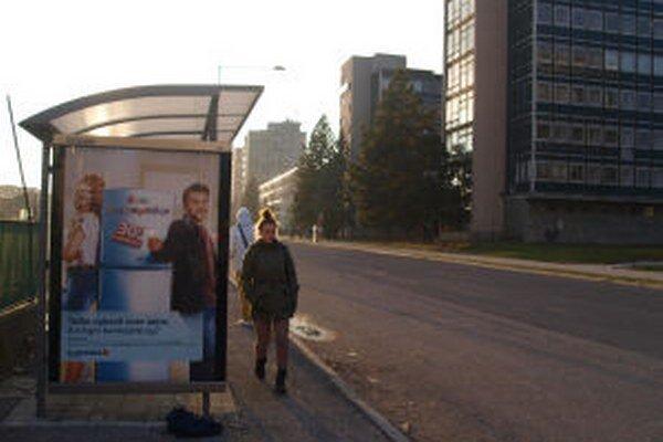 Zastávku na Chrástekovej ulici navrhla poslankyňa zrušiť.