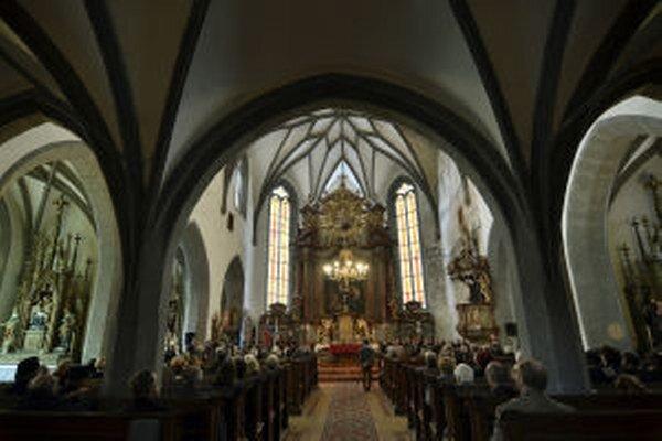 Hostia sa pri príležitosti osláv 20. výročia zápisu mesta do UNESCO zišli v Kostole svätej Kataríny.