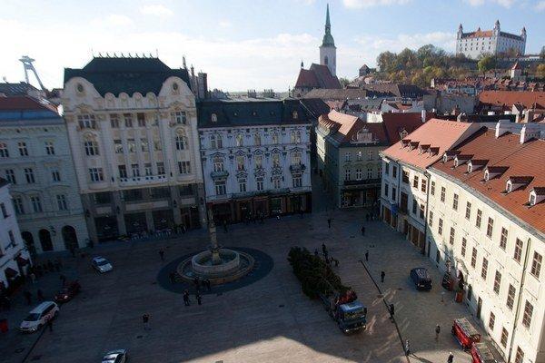 Bratislavské Hlavné námestie.