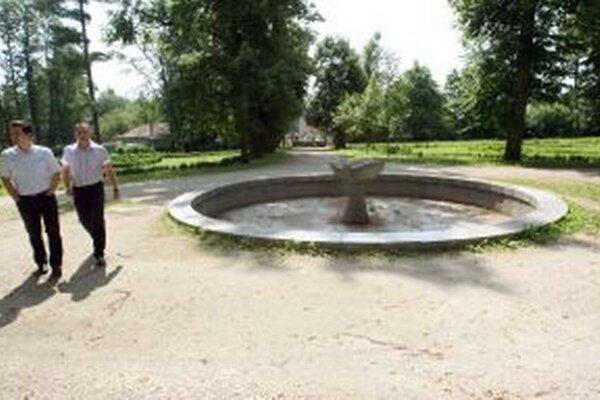 Žiarčanov by potešila rekonštrukcia fontány v Parku Štefana Moysesa.