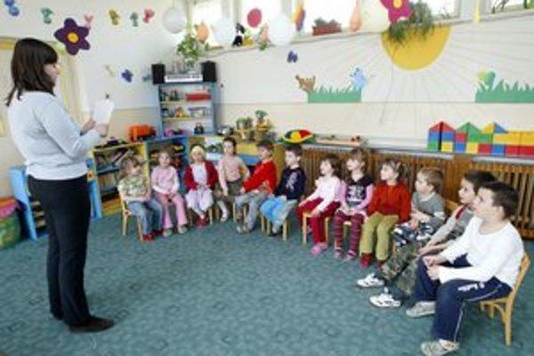 Žiadosti o prijatie do materskej školy možno podať do polovice marca v škôlke.