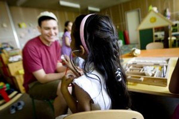 Nízkoprahové centrum je pre všetkých a zadarmo.  Do MIXklubu a MIXáčika chodí asi dvesto detí, bežné hračky často nepoznajú.