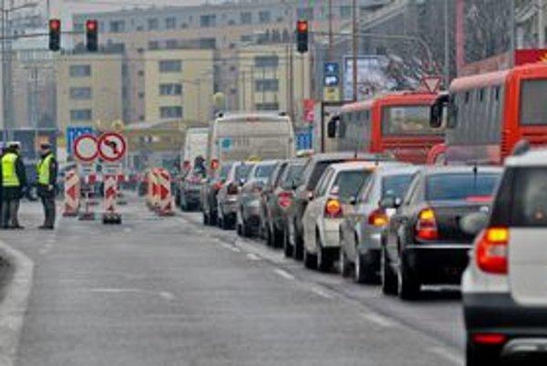 Dopravné obmedzenia vyskúšali už počas zápasu Slovakia Cup.