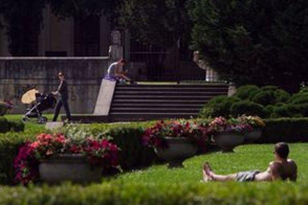 Garáže pod mestskou zeleňou nie sú v územnom pláne povolené, ale ani zakázané.