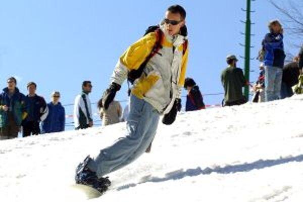 Na Skalke pri Kremnici aj na svahoch nad Banskou Štiavnicou chcú sezónu otvoriť ešte pred Vianocami.