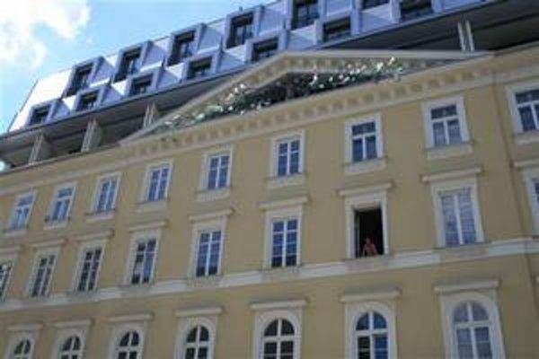Mesto predá 1 163 metrov štvorcových v paláci v centre mesta bez súťaže.
