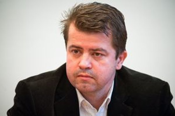 Nový starosta Peter Pilinský (Strana zelených) rieši staré kauzy.