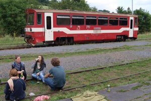 Už koncom roka by mal motorový vlak 011 zdobiť originálny autorský dizajn.