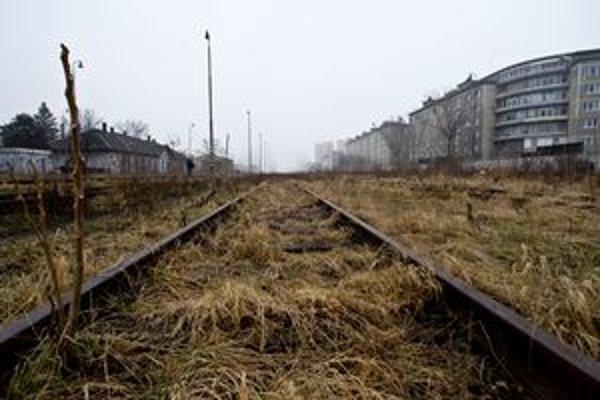 K najznámejším brownfieldom priamo v centre mesta patrí aj železničná Filiálka