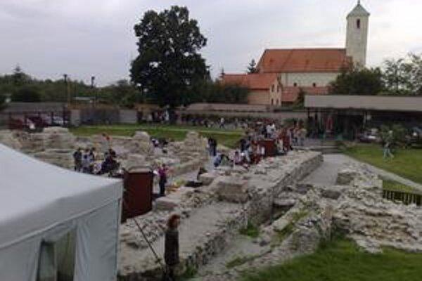 Rímske hry prilákali niekoľko stovák návštevníkov.
