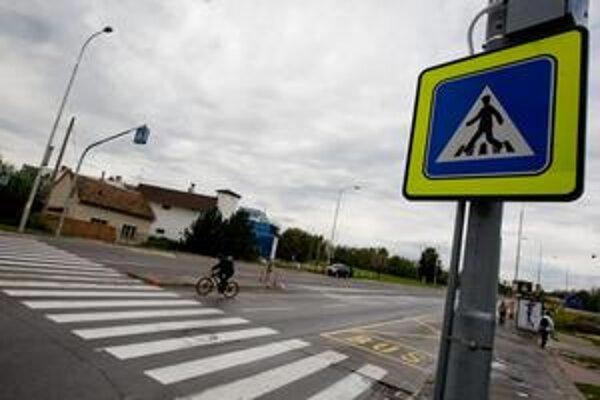 V rámci Európskeho týždňa mobility mesto nasvecovalo tri priechody pre chodcov. Jeden z nich bol na Kremnickej ulici.