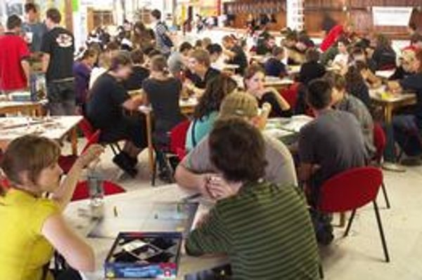 Hry, súťaže a stretnutia s autormi sú hlavnou náplňou festivalu.