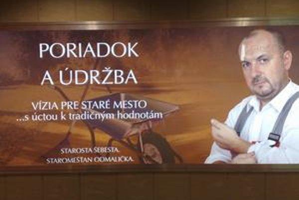 Štefan Šebesta kandiduje v Starom Meste ako nezávislý a prezentuje názor, že by v mestskej časti už nemali rozhodovať straníci.