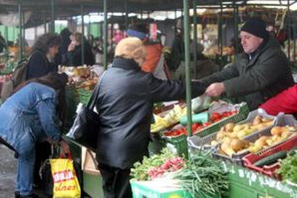 Trh na Žilinskej je posledným miestom v centre Bratislavy s tradičnou trhovou atmosférou.