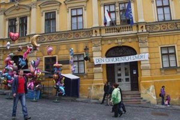Štátny ústredný banský archív sídli v centre Banskej Štiavnice.