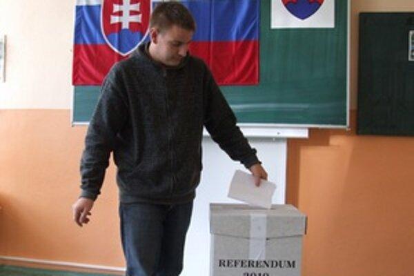 V žiarskom volebnom obvode prišlo k referendovým urnám viac ako 17 300 ľudí.