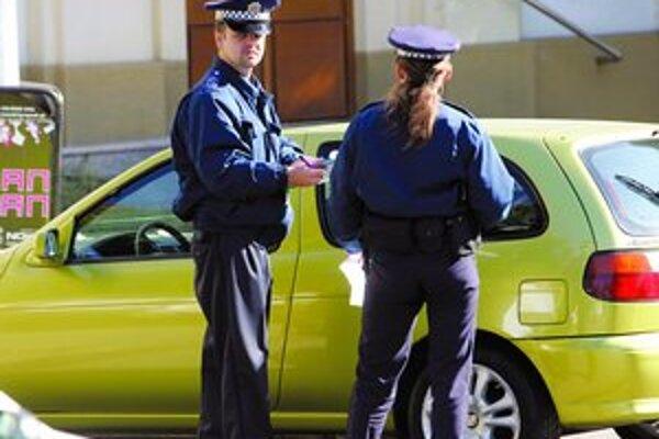 V uliciach mesta pribudne vďaka kampani 24 nových policajtov.