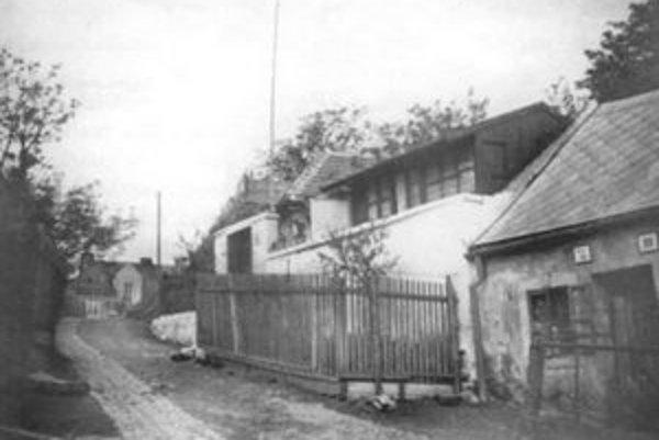 Bubenkova ulica (v pozadí Mudroňova ulica), stav z roku 1940.
