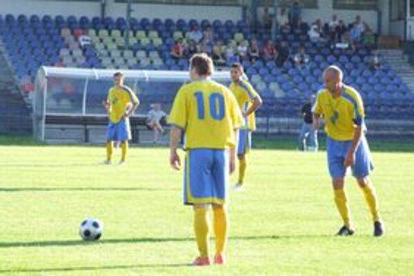 Mužstvo Žiar/L. Vieska v nedeľu vyhralo nad Kalinovom.