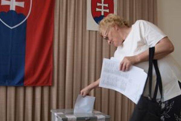 Volebná účasť v okresoch Žiar nad Hronom, Žarnovica a Banská Štiavnica dokopy presiahla 60 percent.