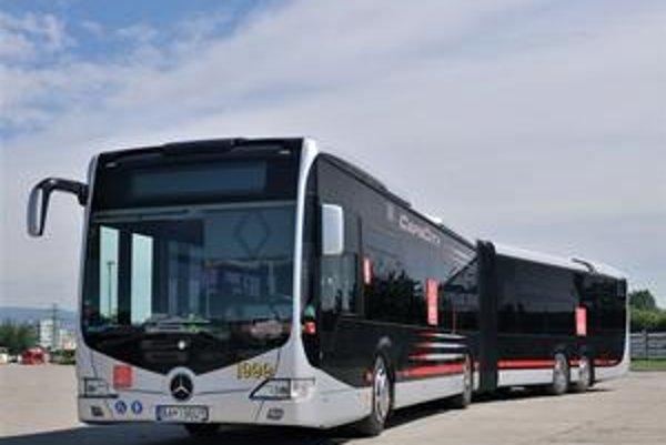 Nové autobusy MHD s kapacitou vyše 184 cestujúcich by mali jazdiť v meste už začiatkom budúceho roka.