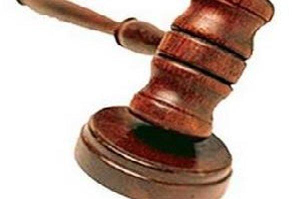 Spor dvoch bratov o majetok skončil na súde.