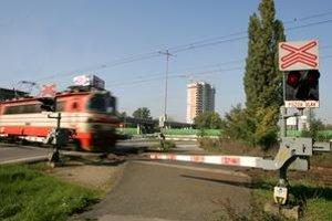 Tento rok zomrelo pod kolesami vlaku len v Bratislave päť mužov, jedna žena samovražedný pokus prežila.
