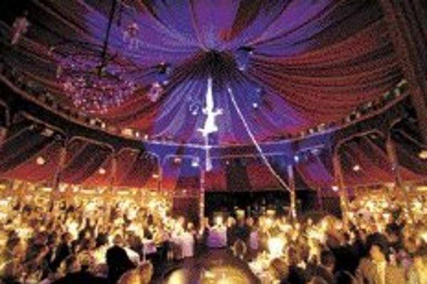 Palazzo - nezvyčajná šou v cirkusovom šapito, spojená s gurmánskymi špecialitami.