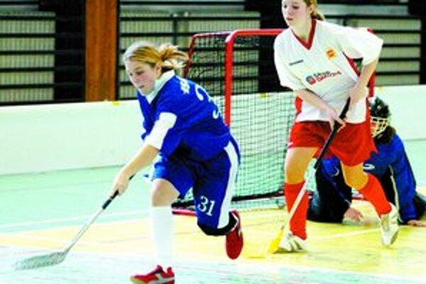 Bratislavské zápasy zajtrajšieho programu ligy florbalistiek sú na programe v hale vo Vlčom hrdle.