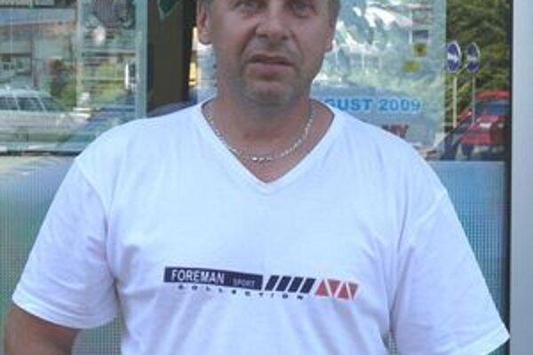 Ďalším futbalovým funkcionárom, ktorý sa rozhodol verejne kritizovať ObFZ Žiar nad Hronom je Vladimír Prokaj.