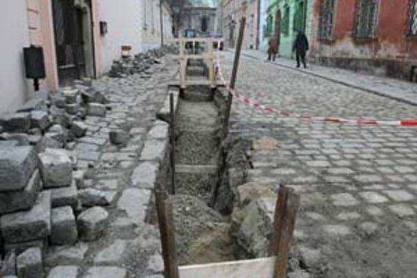 Výmena potrubia na Kapitulskej ulici.
