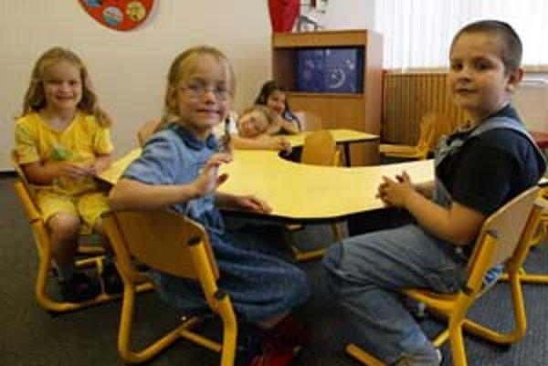 Niektoré zo staromestských materských škôl sú plne obsadené, iným deti chýbajú. Sieť predškolských zariadení by sa mala optimalizovať aj s prihliadnutím na názor rodičov.