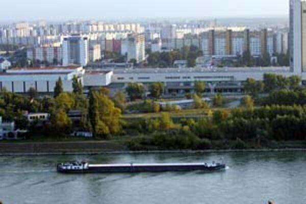 Okrem turistických lodí by mali po Dunaji premávať aj rýchle lode v rámci Bratislavskej integrovanej dopravy.