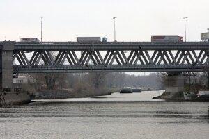 Prístavný most v Bratislave.