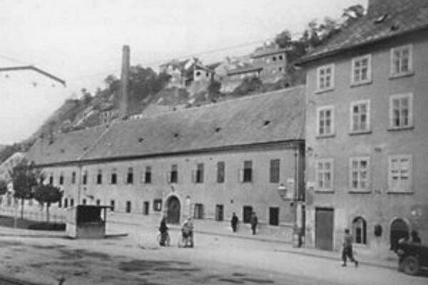 Šťuková ulica (pri Zuckermandli), stav z roku 1945.