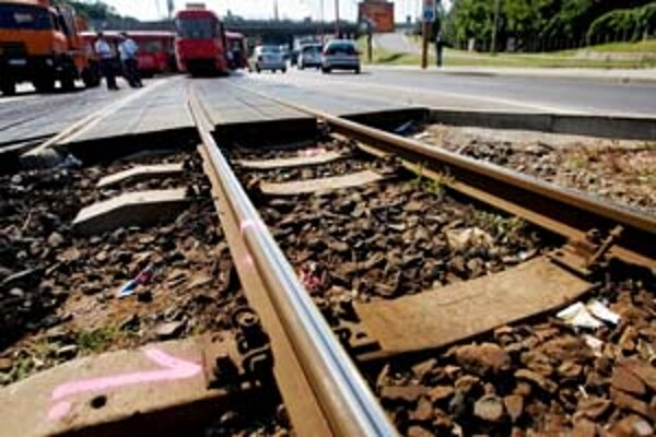 Nehodu zo 16. júla spôsobila zlá trať.