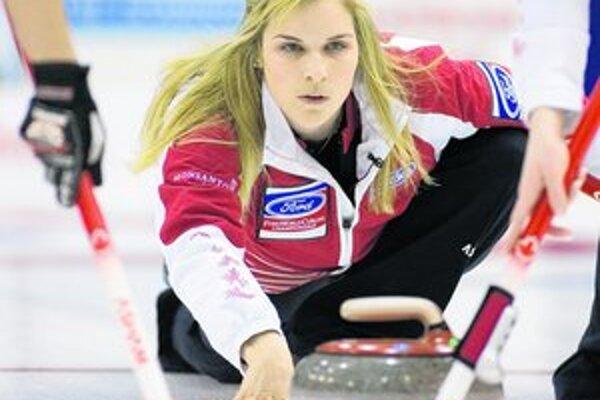 Na curlingovom turnaji v Ružinove pripravili organizátori súťaže vo všetkých kategóriách.
