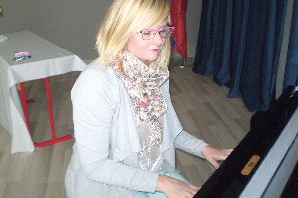 Luciu Beňačkovú môžete podporiť svojimi SMS-kami. Viac informácií je na stránke rozhlasu.