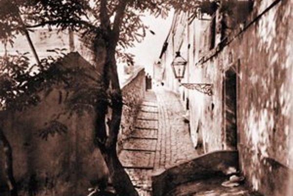Oeserova ulica smerom od Šťukovej okolo 1940.