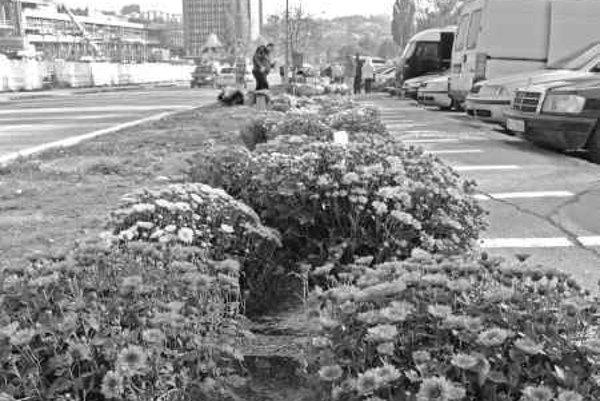 Dopravu v okolí cintorínov bude riadiť polícia.