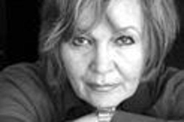 Zita Furková (1940) absolvovala odbor herectva na VŠMU. Má za sebou množstvo divadelných, televíznych a filmových postáv. Je zakladateľkou divadla Korzo '90 Astorka. Okrem herectva sa venuje réžii a písaniu. Napísala scenáre k televíznym inscenáciám F. M