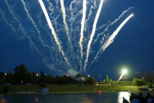 Kultúrne leto na Kuchajde v sobotu otvoria slávnosti letného slnovratu s ohňostrojom. Organizátori sľubujú, že bude mať nové prvky, ktoré na Slovensku ešte neboli.