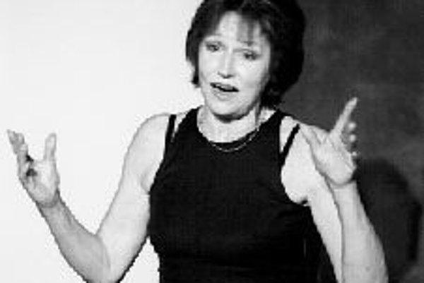 Spievajú hostia Marty KubišovejMarta Kubišová a jej priatelia vystupujú na letnej scéne divadla Ungelt. V cykle komorných recitálov spievajú ako hostia Marty Kubišovej najvýznamnejšie osobnosti českej populárnej hudby. Sériu komorných koncertov s klavírn