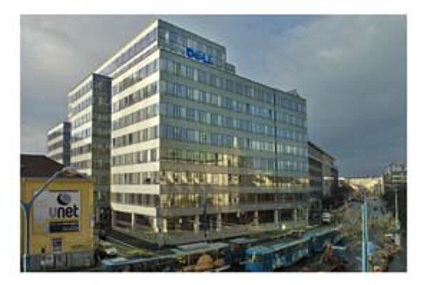 K čiernym stavbám patrilo aj dnes už zlegalizované sídlo spoločnosti Dell na Fazuľovej ulici.