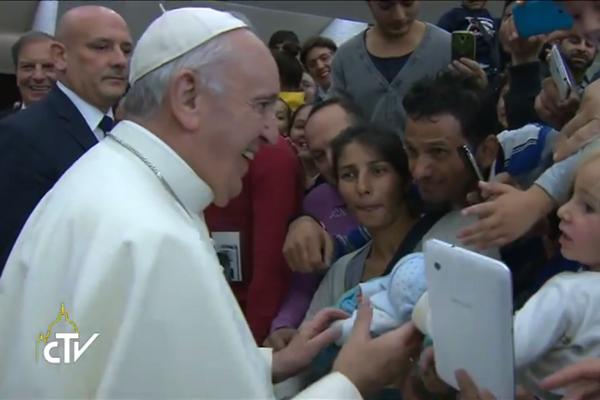 Pápež František dnes prijal Rómov z Európy, Ameriky a Ázie.