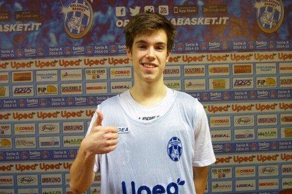 Basketbalista z Handlovej.